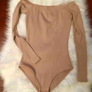 Pretty Little Thing dusty rose body suit